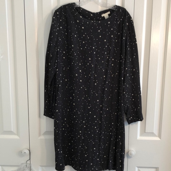 H&M Dresses & Skirts - H&M black and white star dress size 14 Long sleeve